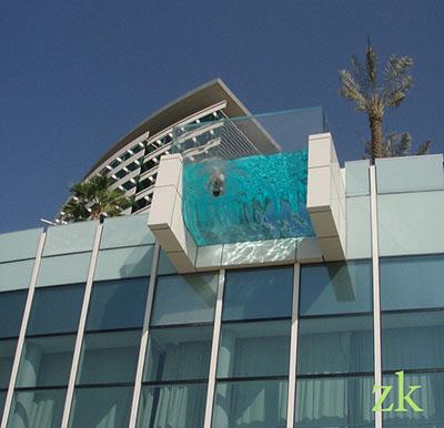 Самые необычные балконы мира