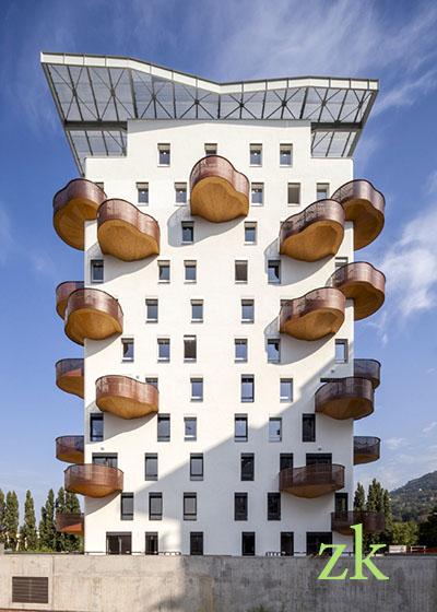 Деревяные балконы Франция