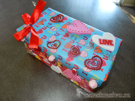 Подарочная упаковка из коробки от обуви