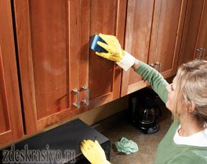 Чем мыть деревянную кухню
