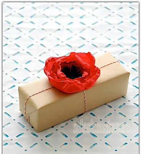 cvetov-iz-tkani-na-podarke