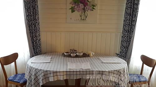 Salfetki_na_stole
