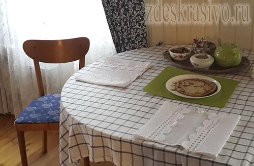 Salfetki_na_stole1