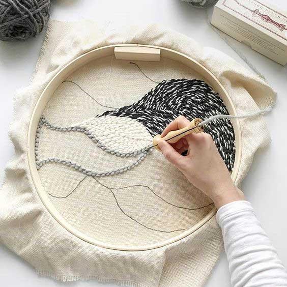 Виды вышивки - ковровая 1