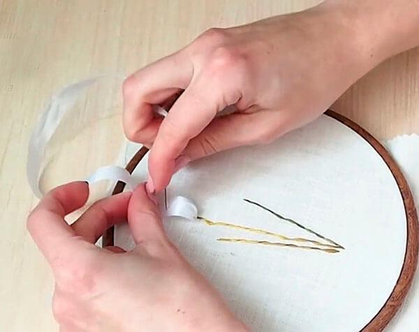 Вышивка лентами для начинающих мастер класс 10