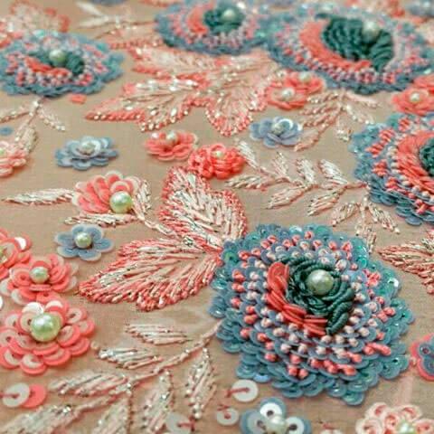 Люневильская вышивка - вид тамбурной вышивки -3