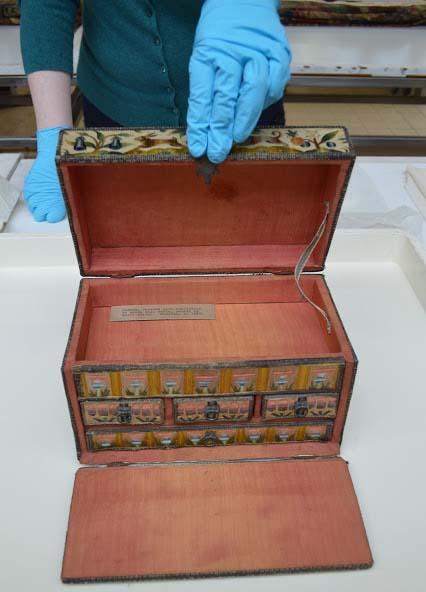 Шкатулка из коллекции Баррелла. Глазго. Шотландия