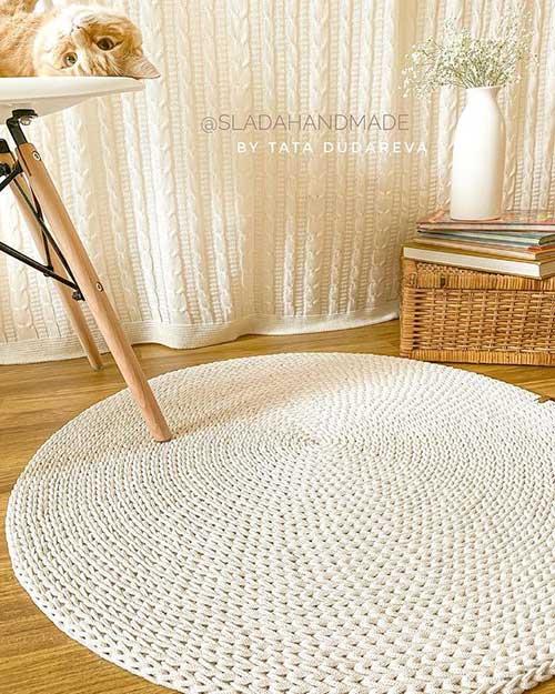 Вязание в интерьере дома — Коврик на пол