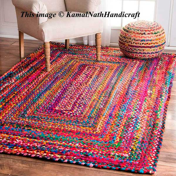 Вязание в интерьере дома — Вязаный коврик из ткани